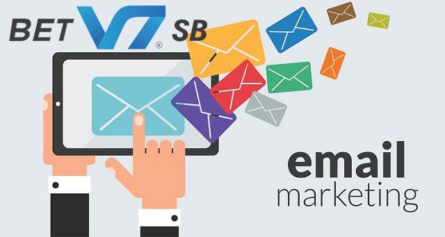 Liên hệ qua email